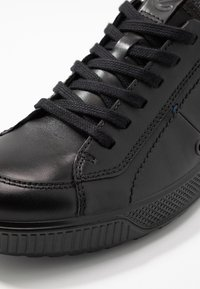 ecco - BYWAY - Sneakers - black - 5