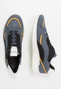 ECCO - ST.1 M - Sneakersy niskie - ombre/merigold/black/white - 6