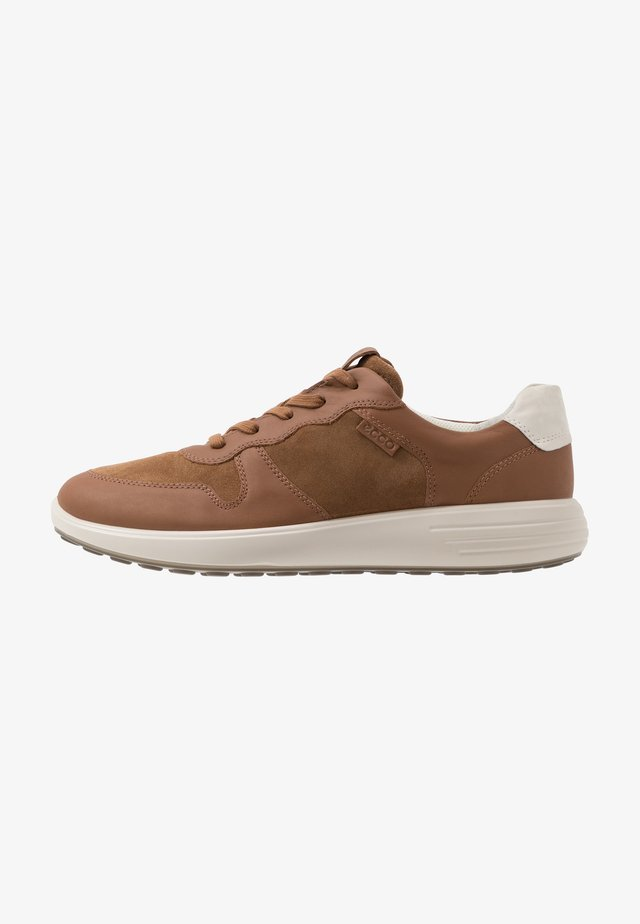 SOFT RUNNER - Sneakers - camel/shadow white