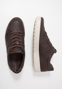 ECCO - BYWAY - Sneakersy niskie - licorice/coffee - 1