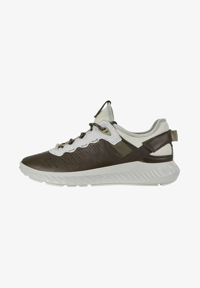 ST.1 LITE M - Trainers - deep forrest/white