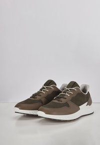 ECCO - ST.1 M  - Trainers - tarmac/deep forest/white - 2