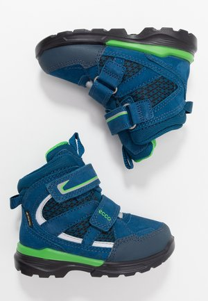 URBAN HIKER - Zimní obuv - poseidon