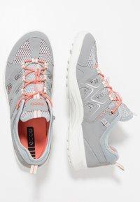 ecco - TERRACRUISE - Hiking shoes - silver grey/silver metallic - 1