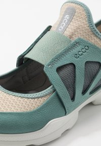 ECCO - BIOM STREET - Walking trainers - trellis/gravel - 7