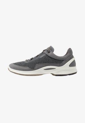 BIOM FJUEL - Hiking shoes - titanium