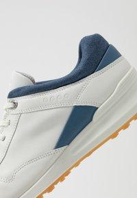 ECCO - STREET RETRO - Obuwie do golfa - white - 5