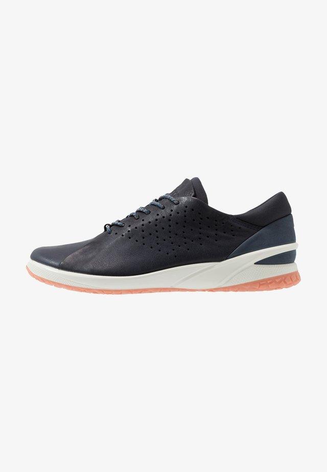 BIOM LIFE - Sneakersy niskie - marine