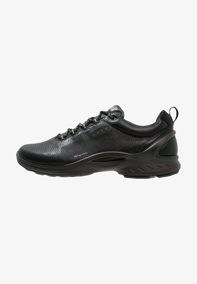BIOM FJUEL - Neutral running shoes - black