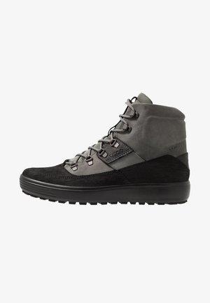 SOFT 7 TRED - Obuwie hikingowe - black/titanium