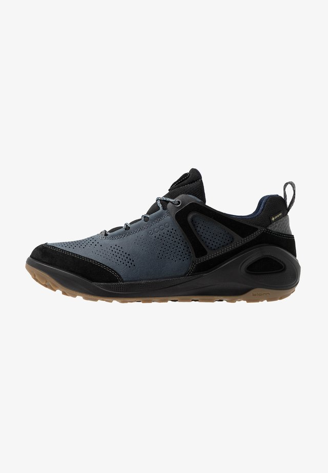 BIOM 2GO - Hiking shoes - black/ombre