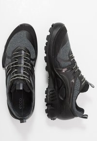 ECCO - BIOM C-TRAIL M - Hiking shoes - black - 1