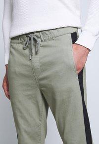 Be Edgy - FINN - Pantalones - haze - 3
