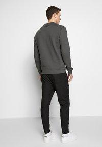 Be Edgy - FINN - Kalhoty - black - 2