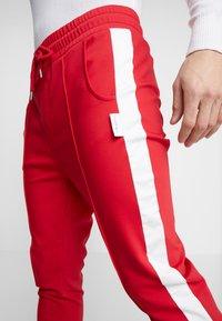 Be Edgy - DOMINIK - Pantalones - red - 5