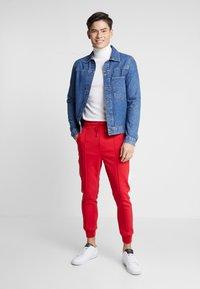 Be Edgy - DOMINIK - Pantalones - red - 1