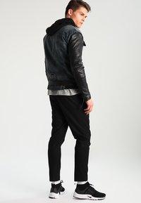 Be Edgy - BEMAX D - Jeansjacke - black/indigo - 2