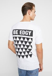 Be Edgy - BENICLAS - T-Shirt print - weiss - 2