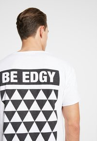 Be Edgy - BENICLAS - T-Shirt print - weiss - 5