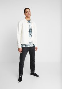 Be Edgy - GIGGSEN - T-Shirt print - offwhite - 1