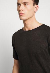 Be Edgy - BEJAKE - T-shirts print - black - 3