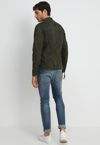 Be Edgy - BE THEO EDD - Summer jacket - khaki - 2