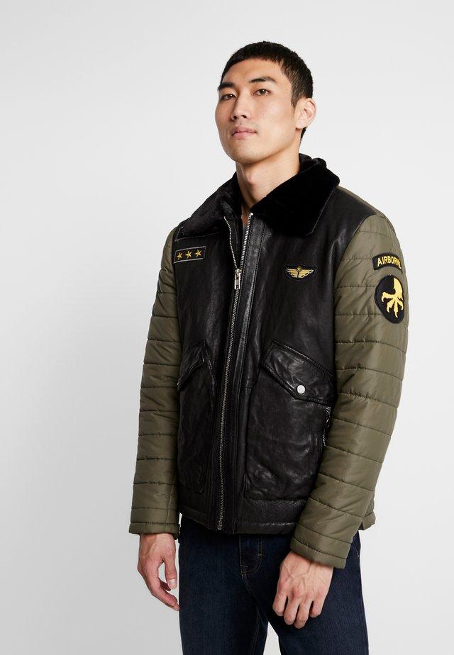 BEDANIEL - Light jacket - olive /black