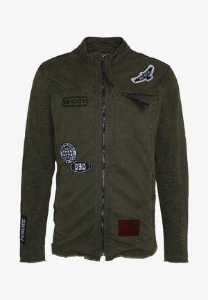 BENEXT - Lehká bunda - khaki