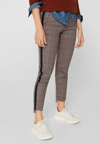 edc by Esprit - MIT HIGH-LOW-SAUM - Trousers - taupe - 0
