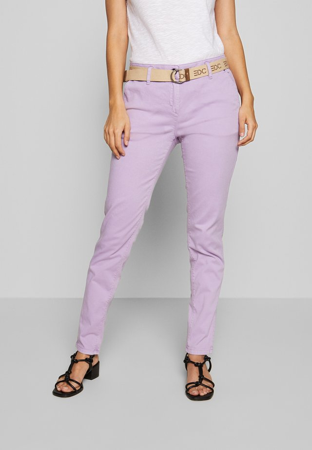 Chinosy - lilac