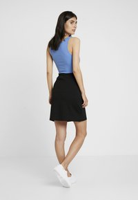 edc by Esprit - SKIRT SOLID - Spódnica mini - black - 2