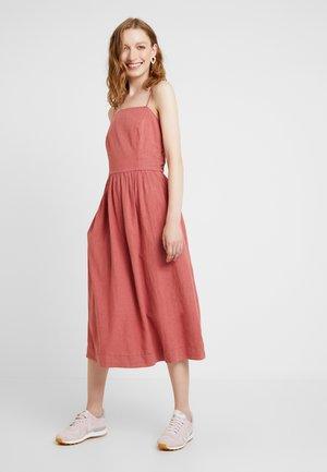 Day dress - terracotta