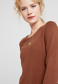 edc by Esprit - Pletené šaty - rust brown - 4