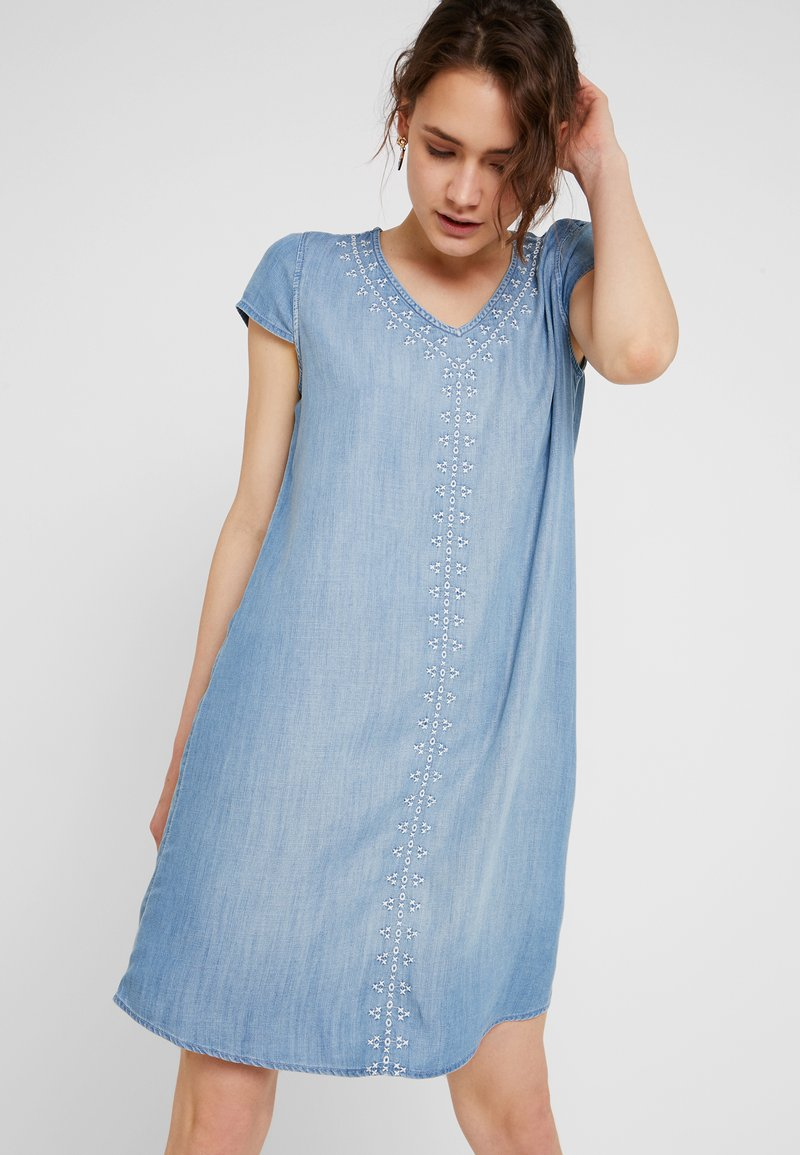 edc by Esprit - MIDI DRESS - Jeanskleid - blue medium wash