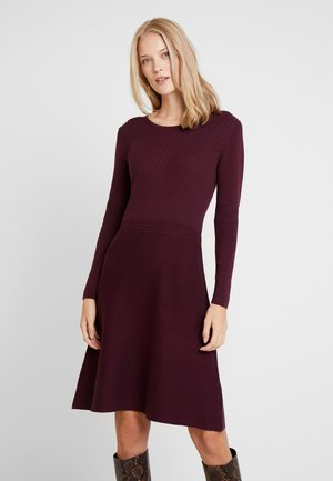 Robe pull - bordeaux red