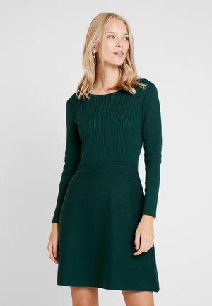 Pletené šaty - bottle green