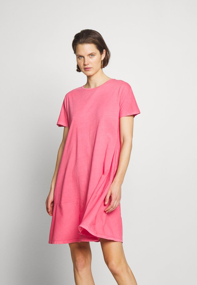 FAB MIX DRESS - Vestido ligero - coral