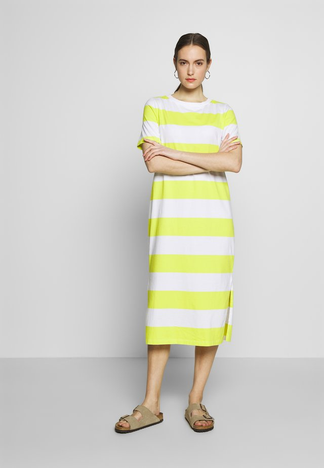 COLORBLOCK DRES - Jersey dress - citrus green