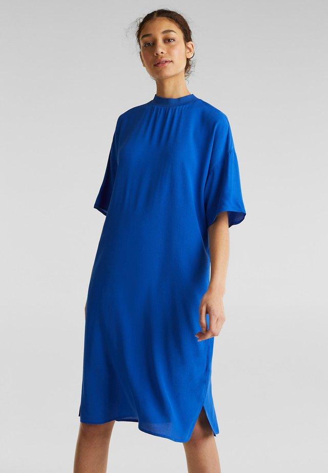 MIT LENZING™ ECOVERO - Hverdagskjoler - bright blue