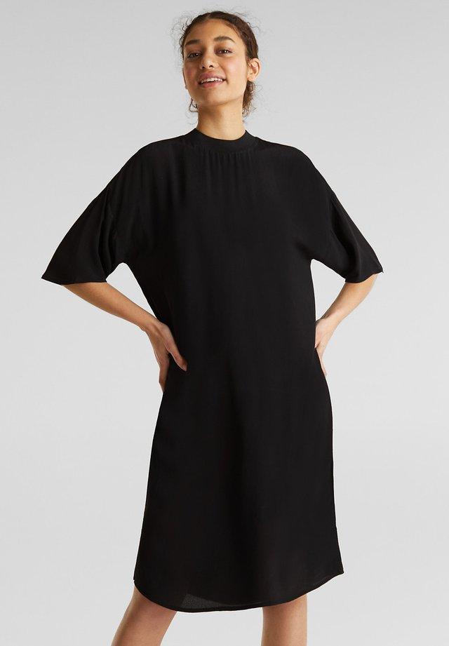 MIT LENZING™ ECOVERO - Denní šaty - black