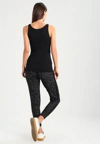 edc by Esprit - CORE OCS BASIC - Top - black - 2