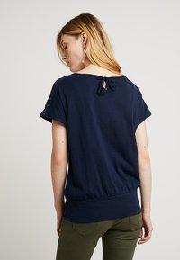 edc by Esprit - TEE - T-shirt imprimé - navy - 2