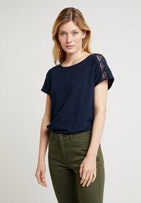 edc by Esprit - TEE - T-shirt imprimé - navy - 0