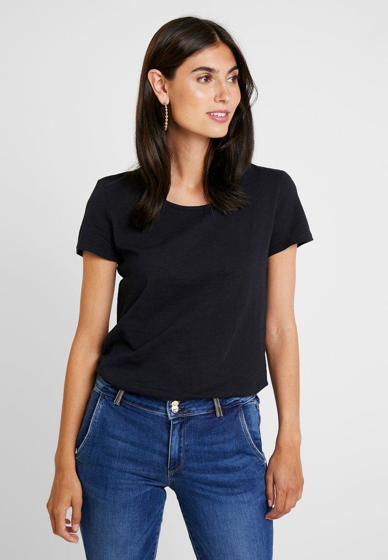 edc by Esprit - OCS BACK DETAIL - Print T-shirt - black