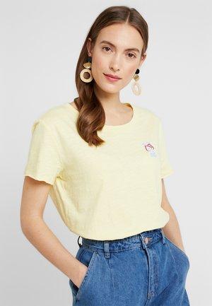 WATERCOLOR - T-shirt imprimé - light yellow