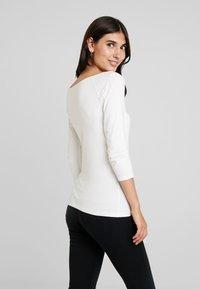 edc by Esprit - CORE FLOW - T-shirt à manches longues - off white - 2