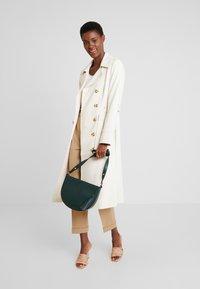 edc by Esprit - CORE FLOW - Maglietta a manica lunga - off white - 1