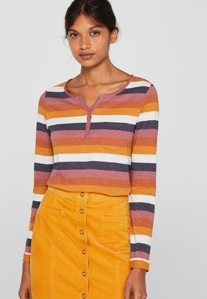 MIT OFFENEN KANTEN - Long sleeved top - terracotta