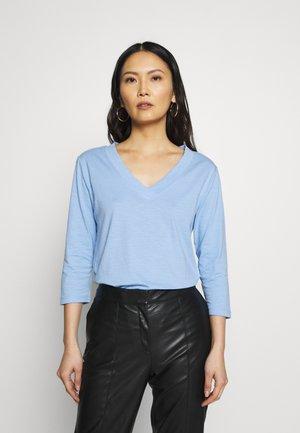 CORE VNECK - Long sleeved top - blue lavender