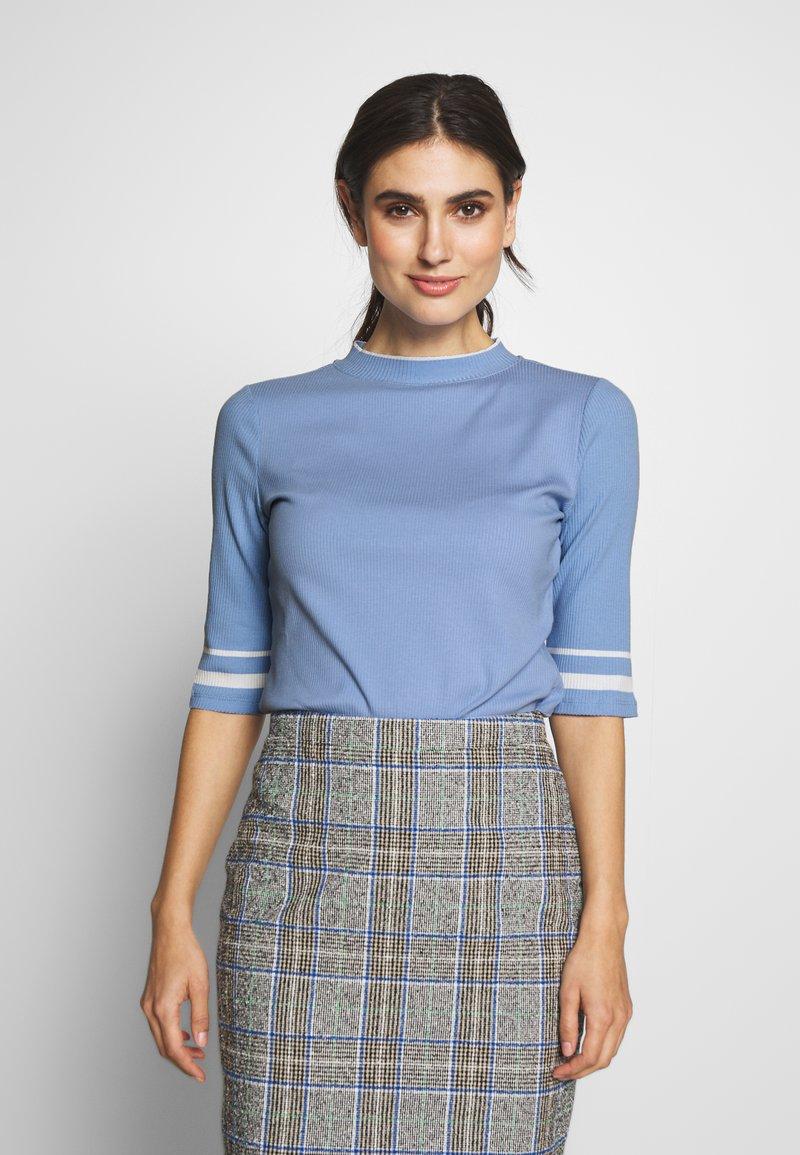 edc by Esprit - CREW  - T-shirt print - blue lavender